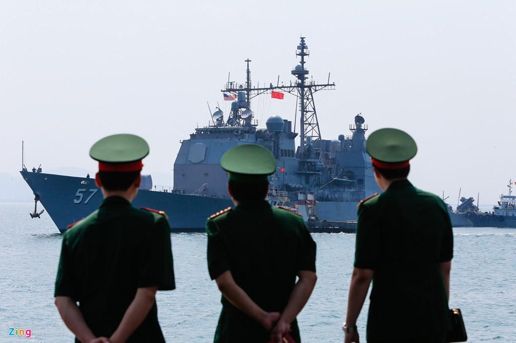 4 USS